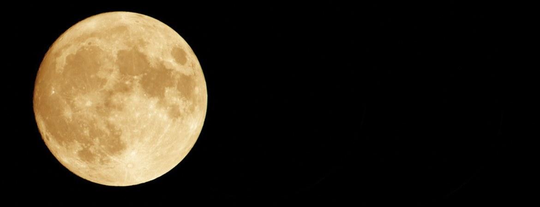slide-full-moon
