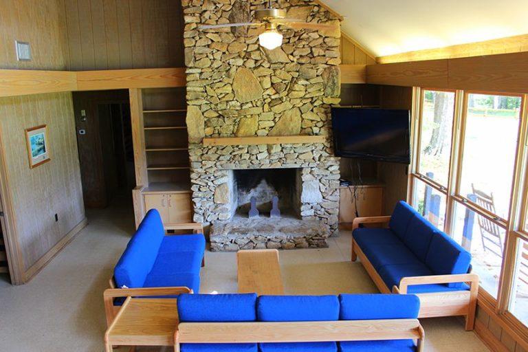 Lions-Lodge-2